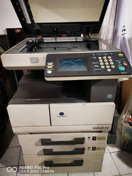 fotocopiadora Minolta Bizhub 250