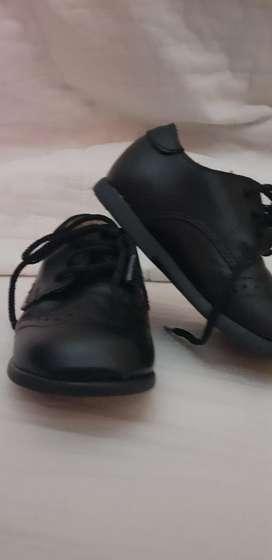 Zapatos de Cuero Bebe