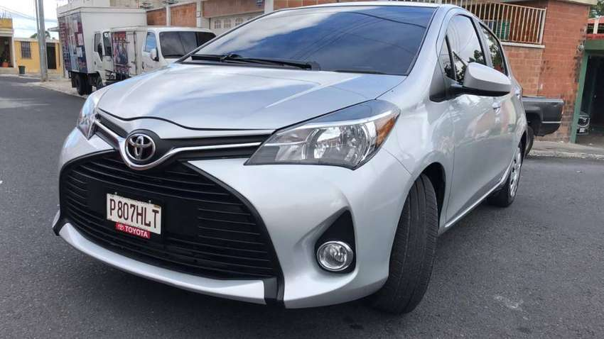 Toyota Yaris 2016 Impecable 0