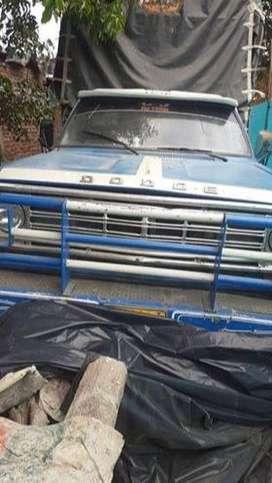 Dodge D300 1978 Azul 2 Puertas