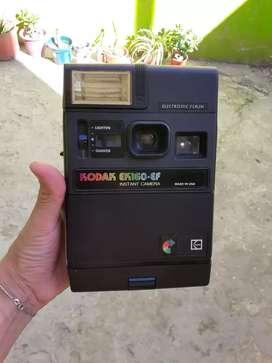 Cámara fotográfica Kodak antigua