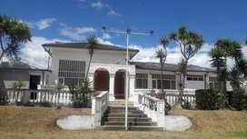 Venta linda propiedad, casa y terreno 1031 M2, Carcelen