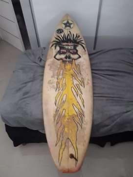 Vendo tabla de surf Quiksilver.