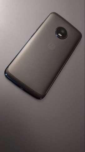 Se vende Motorola G5 Plus