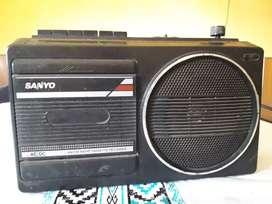 Radiograbador SANYO