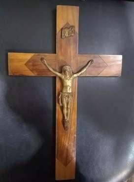 Cruz antigua colección cedro cristo bronce