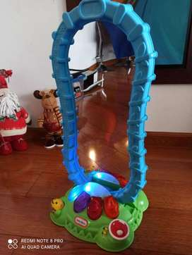 ESPEJO DE JUGUETE SUPER DIVERTIDO. Marca Little Tikes