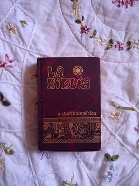 Biblia Latinoamérica edición pastoral de bolsillo