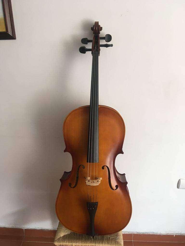 Vendo Cello, arco, estuche delgado, colofina 0