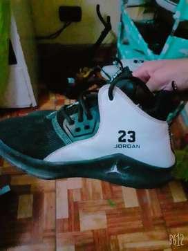 Jordan 23 zapatillas negras con blancas