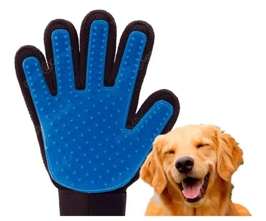 Quita Pelos Cepillo Masajeador Para Mascotas 0