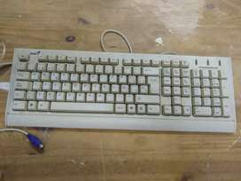 Teclado y Mouse Genius más Cable impresora