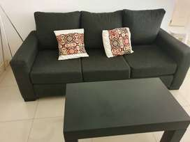 Sofa y mesa plegable