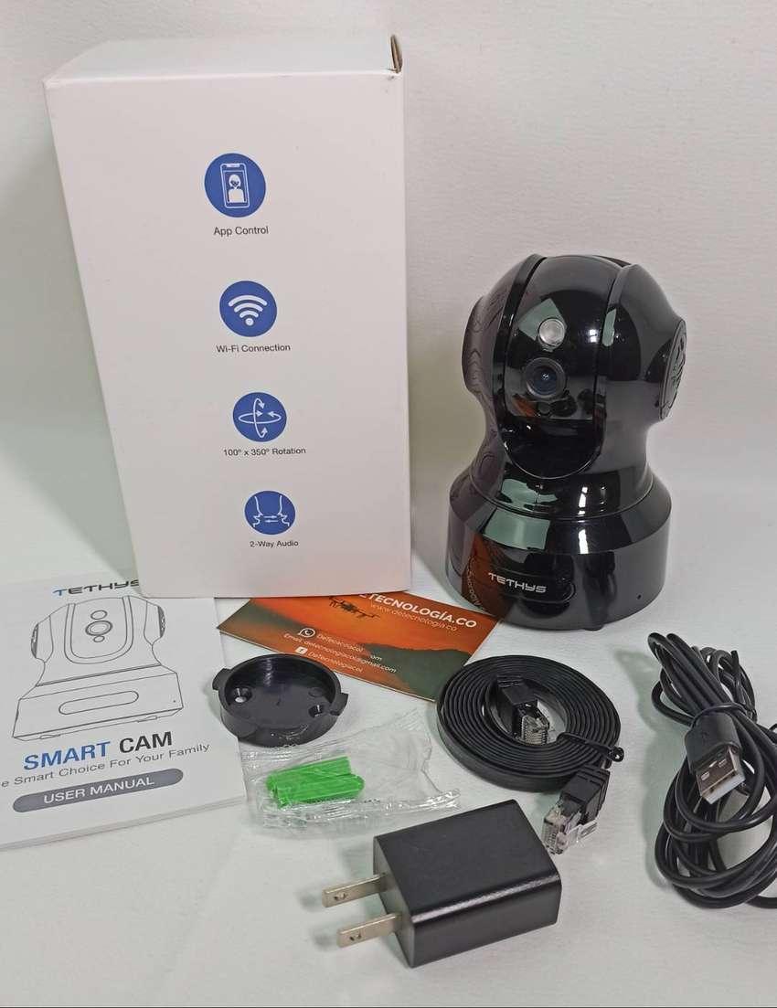 Cámaras de 360 Grados TETHYS Camara Domo de Seguridad en Casa