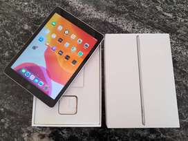 """Apple iPad 5ta Generación 9.7"""" 128Gb Space Gray IMPECABLE EN CAJA!!!"""