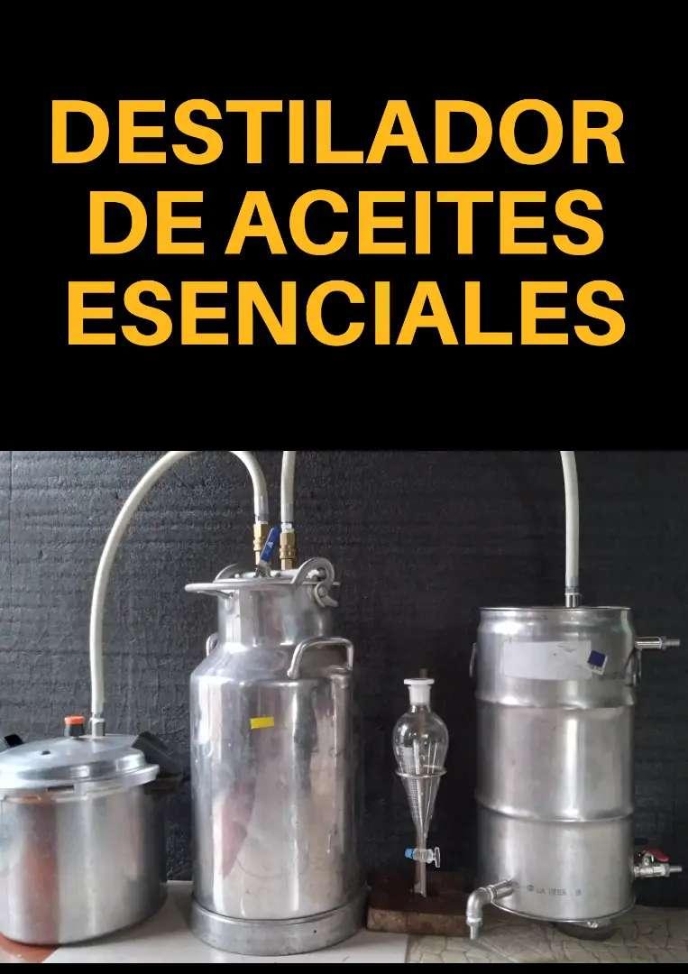 Destilador de aceites esenciales por arrastre de vapor 0