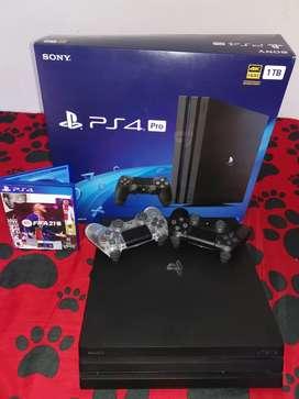 Playstation 4 pro dos controles fifa21