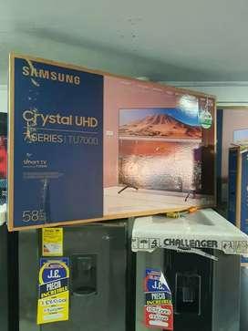 SAMSUNG UHD 4K DE 58  PANTALLA CRISTAL 2020