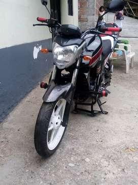 Vendo Moto Yamaha fz 2014
