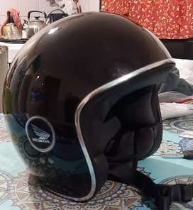 Casco de moto abierto vintage