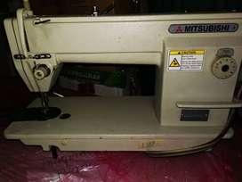 Se vende maquina de coser industrial plana marca Mitsubishi japonesa!
