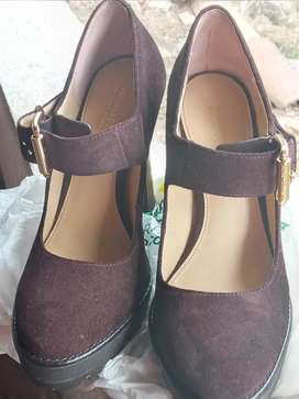 Zapatos d Mujes marca  MICHAEL KORS
