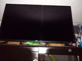 Se vende Televisor LED de 40''