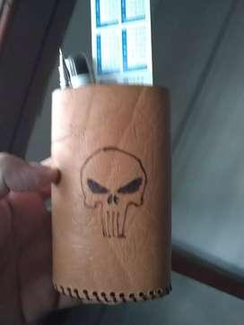 Porta lápices cuero
