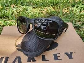 Lentes de sol oakley holbrook polarized black