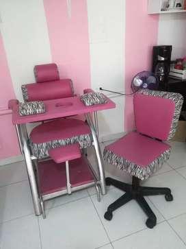 Se vende silla manicura y pedicura negociable