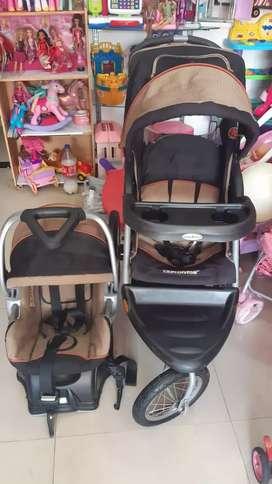 Coche  baby trend y silla