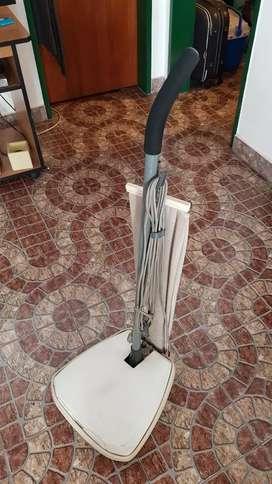 Lustra aspiradora ultracomb