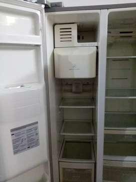 Vendo Refrigerador  marca LG