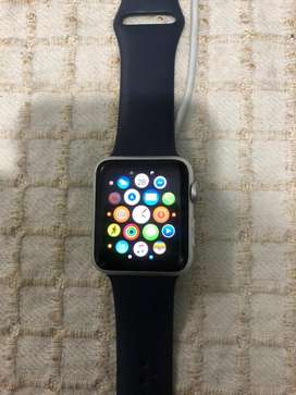 VENDO APPLE WATCH EN EXELENTE ESTADO .