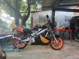 Vendo moto honda CBR 600f2