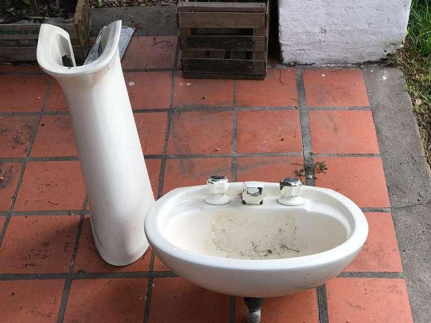Inodoro+lavatorio 0