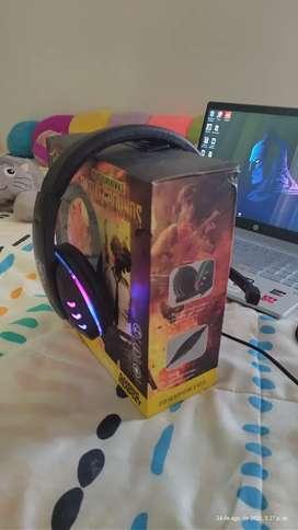Audífonos gamer RGB
