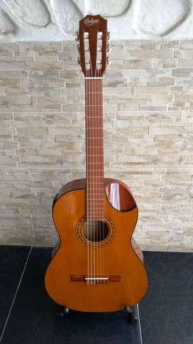 Guitarra electroacustica Navarro G22 cuerdas de Nylon