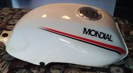 Tanque de nafta con tapa y grifo Mondial RD 150
