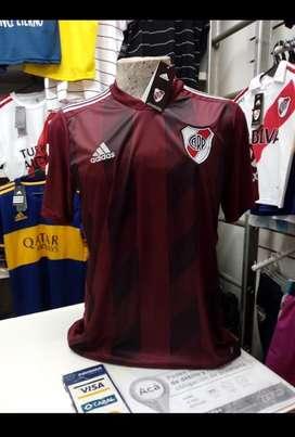 Camiseta river bordo s M nueva con etiquetas