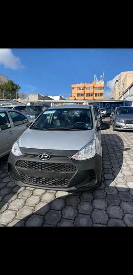 Hyundai i10  año 2019   1.0L A/C