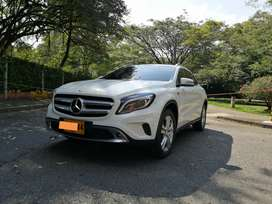 Mercedes Benz GLA 200 2016