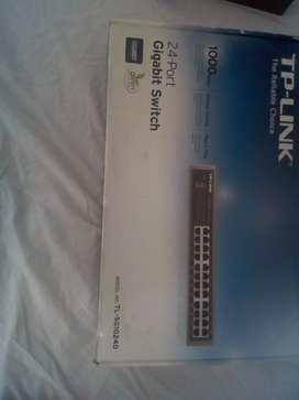 Switch 24 Puertos Gigabit Escritorio/rack Tp-link Tl-sg1024d
