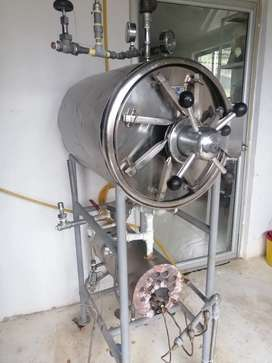 Autoclave horizontal de 150 litros