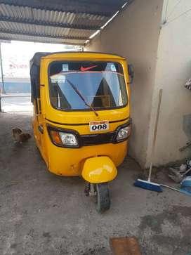 Vendo moto taxi tvs recien repara sistema electrico nuevo y recien pintada