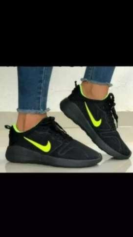 Nike para dama talla 37 nuevo