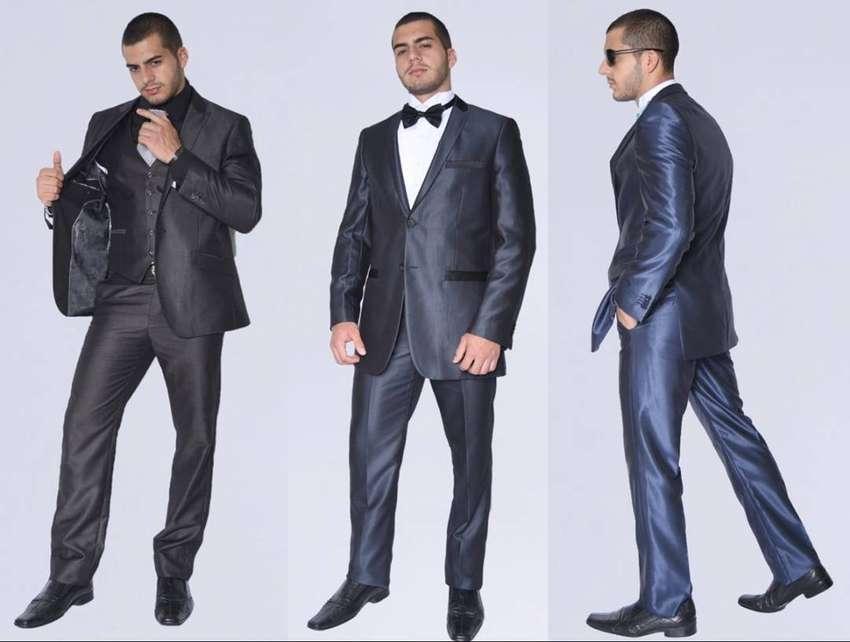 Alquiler de Trajes para hombre elegantes y modernos 0