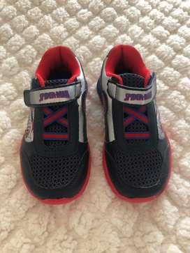 Zapatos Marvel Spiderman talla US 10 1/2