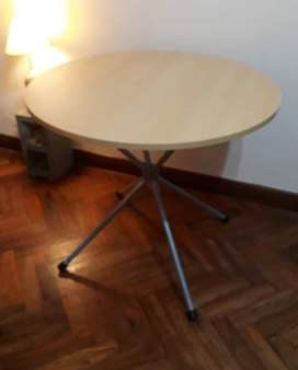 Mesa redonda melamina y caño