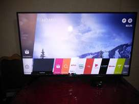 Smart TV LG HD de 60 pulg